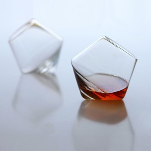 Cupa Whiskey Glass