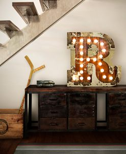 R Floor Graphic Light