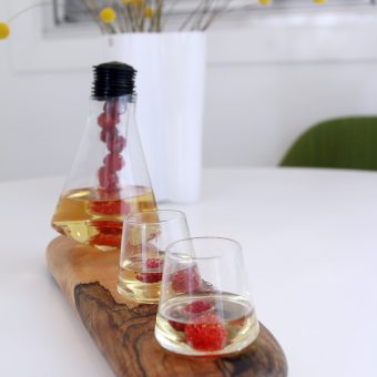 Sempli Glass with Maple Tray
